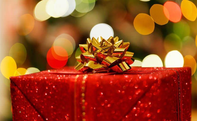 クリスマスプレゼント(フリー写真)
