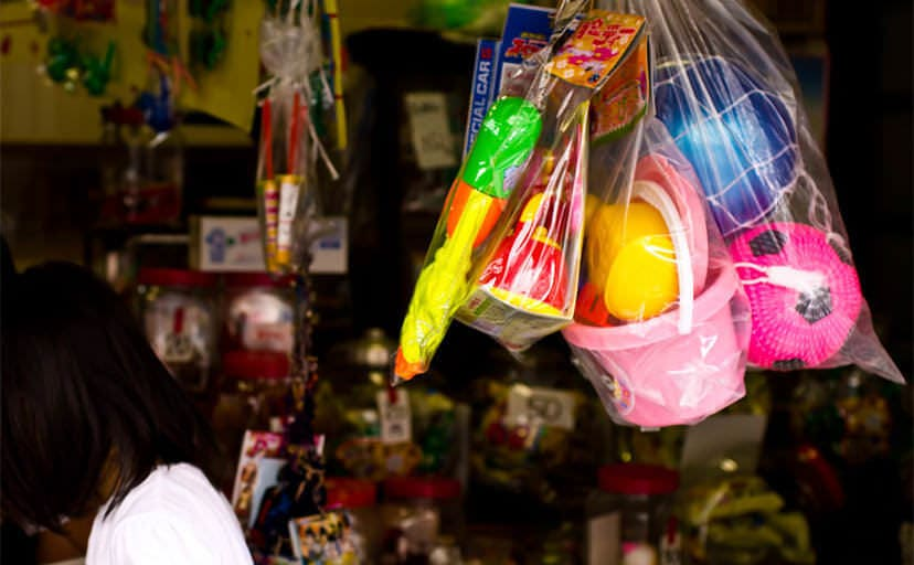 駄菓子屋(フリー写真)