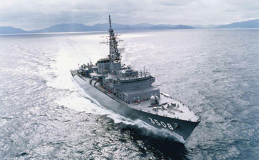 3508 かしま(出典: 海上自衛隊ギャラリー)