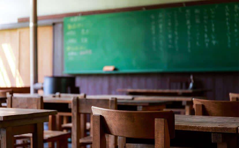 学校の教室(フリー写真)